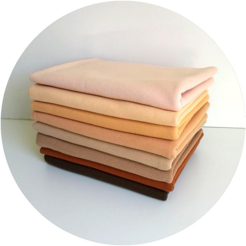 Tissu peau Jersey suisse poupée Waldorf