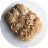 cheveux en bande poupée boulés blond clair