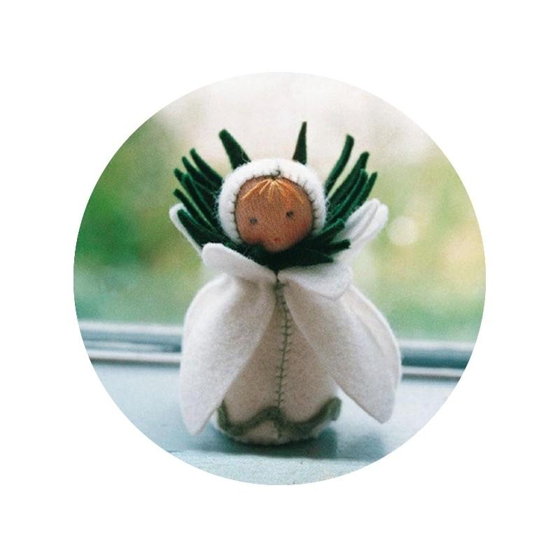 Kit mini poupée feutrine 'Perce neige'
