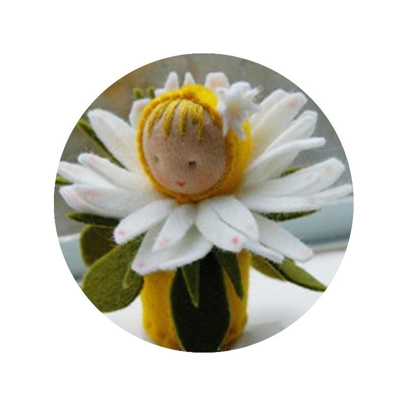 Kit mini poupée feutrine 'Paquerette'